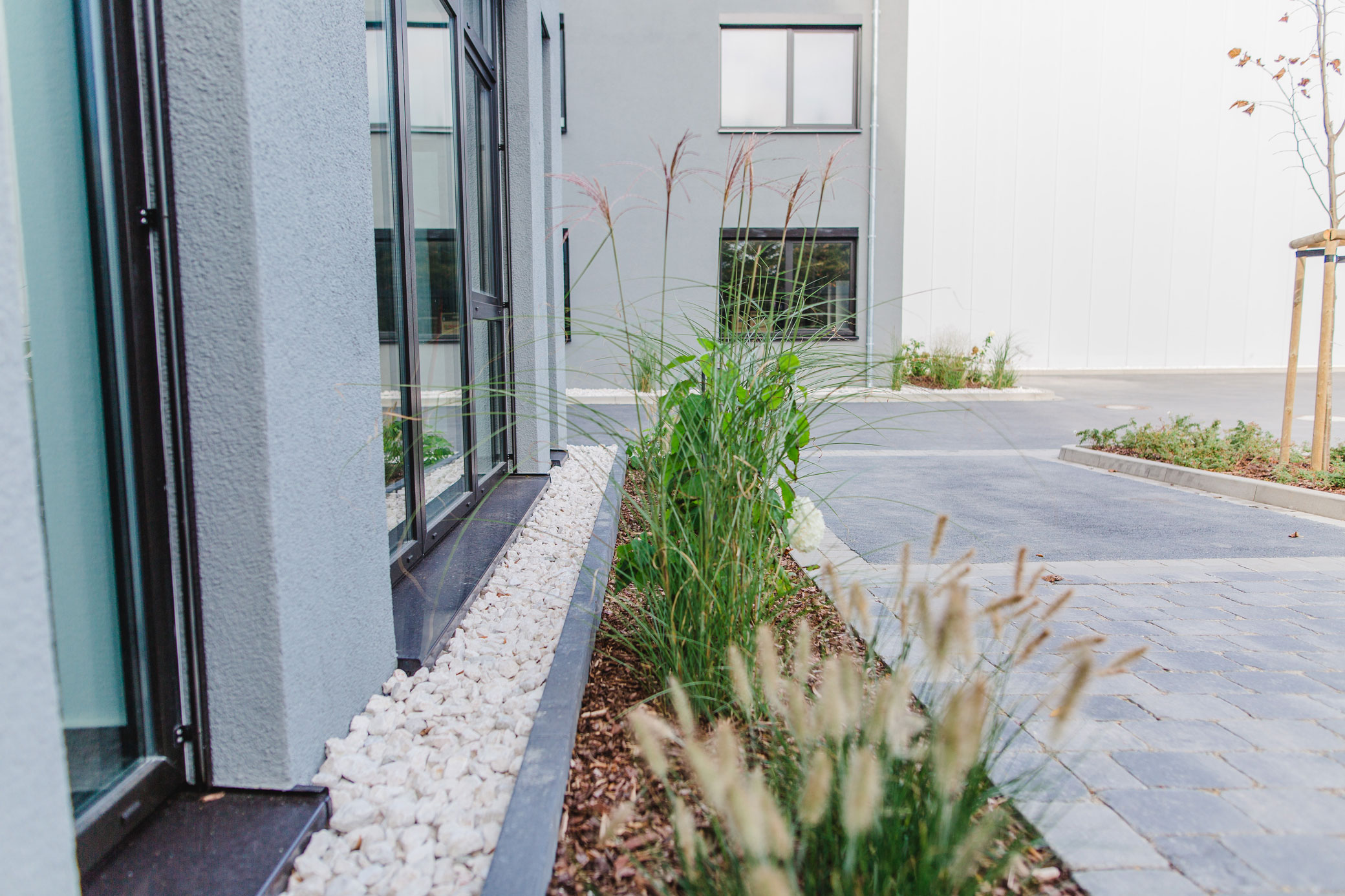 Pflanzarbeiten in lage lemgo detmold gartenlandschaftsbau schr der - Gartenbau friedrich ...