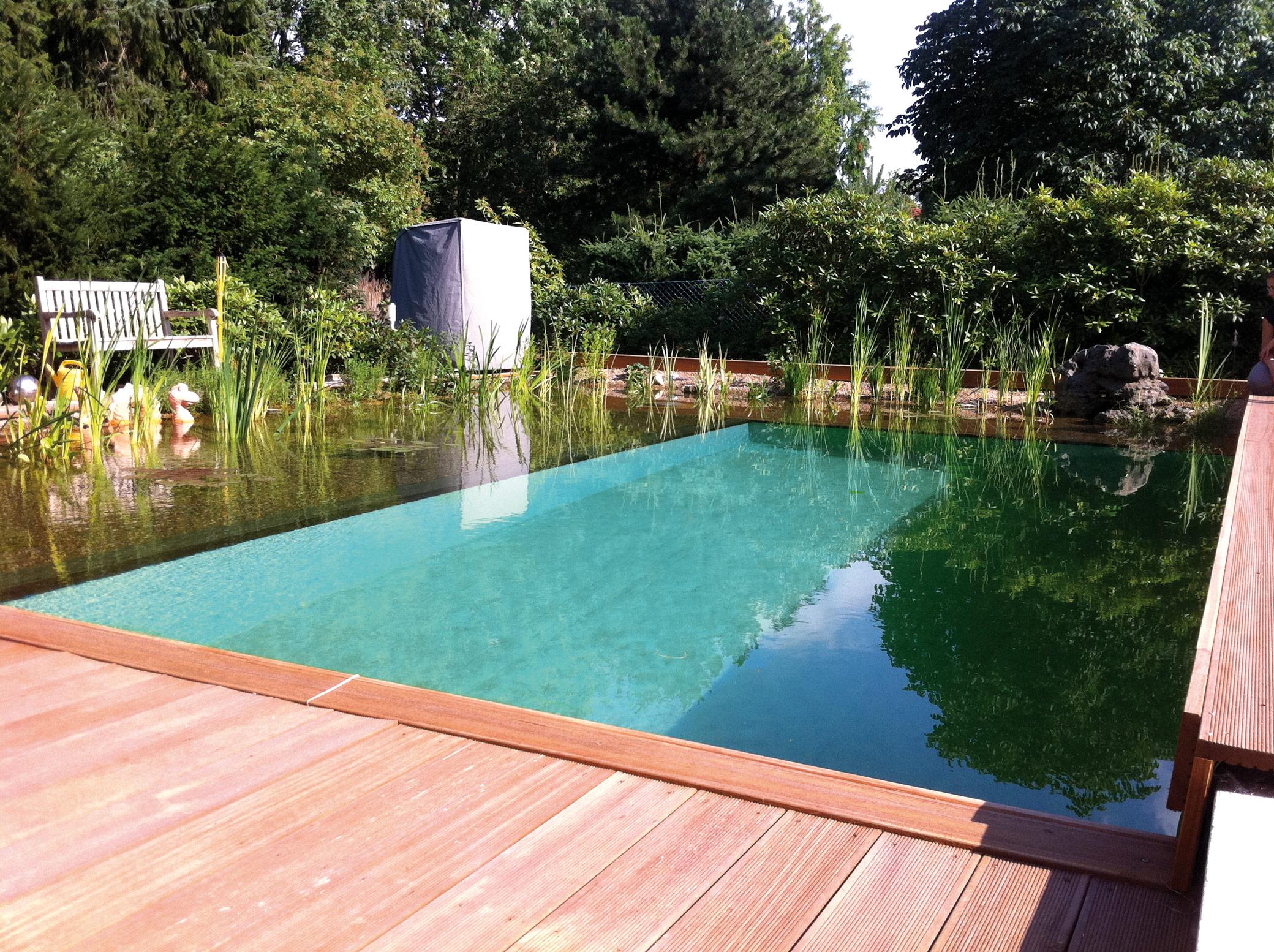 pool und teich in lage lemgo detmold gartenlandschaftsbau schr der. Black Bedroom Furniture Sets. Home Design Ideas