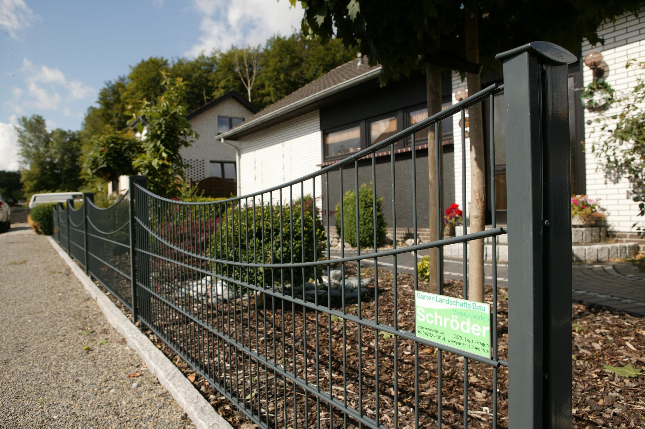 Zaun Und Torbau In Lippe Gartenlandschaftsbau Schroder